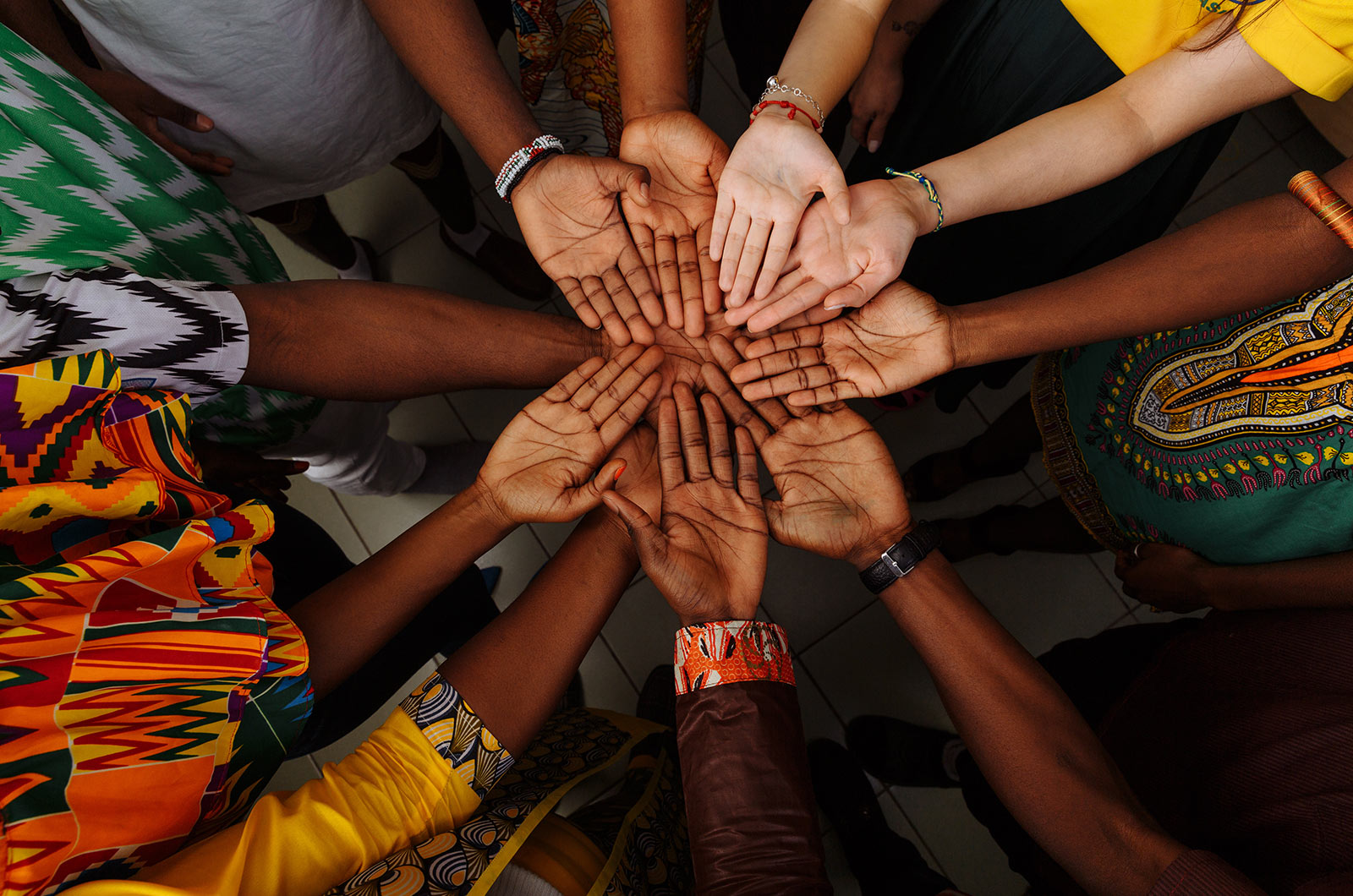 hands united - Merry Christmas to the ILF family